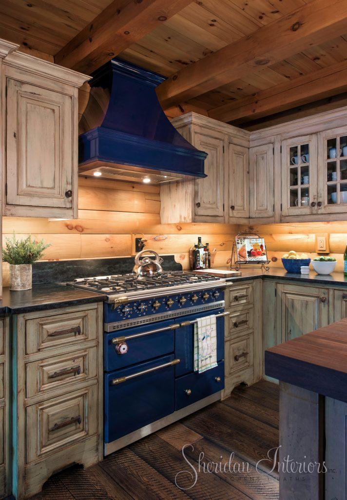 Log Cabin Kitchen with French Range, Sheridan Interiors, Cornwall, Ottawa, K6H 6M4, K1K 4H9