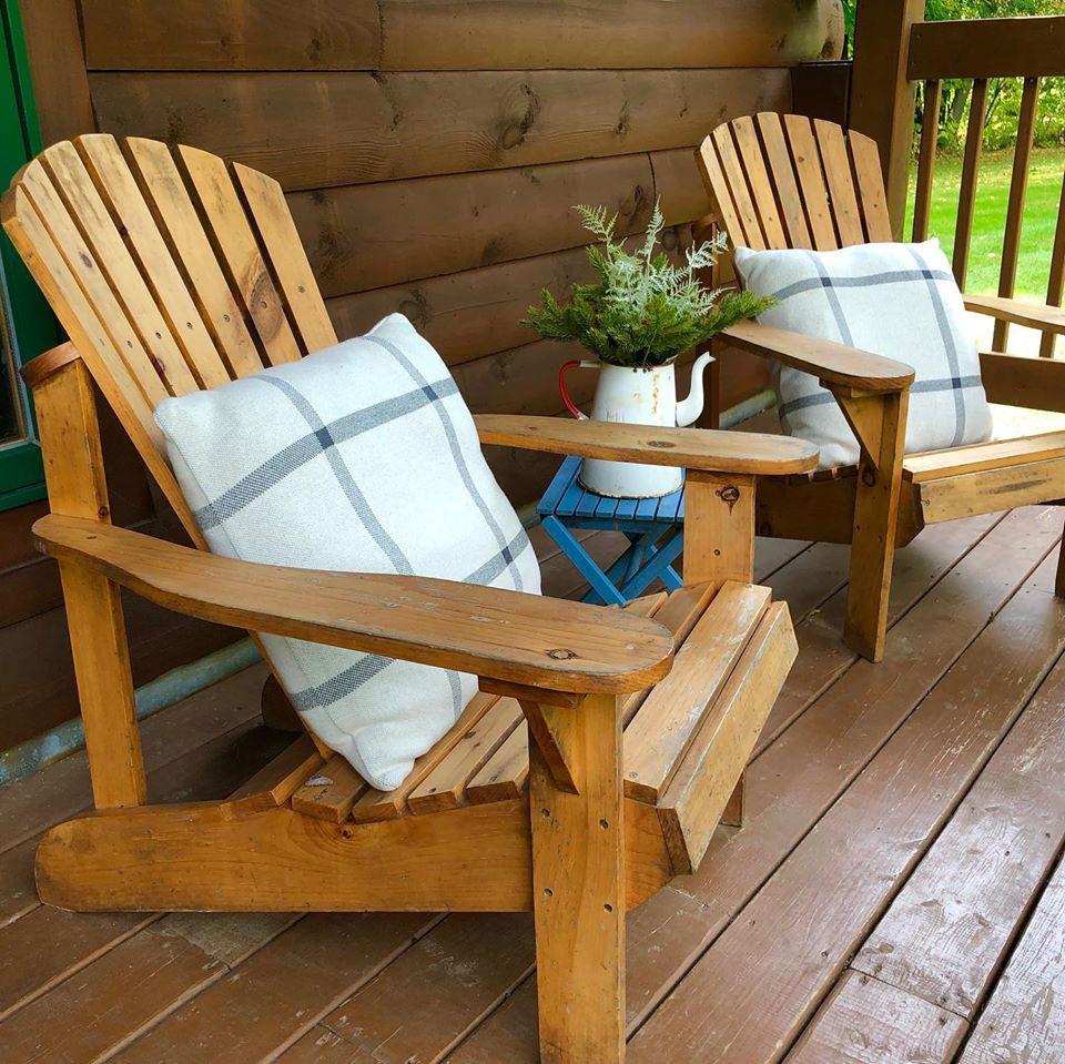 Log Cabin Front porch with pine adirondack chairs and pillows, Sheridan Interiors Inc., Cornwall, Ottawa